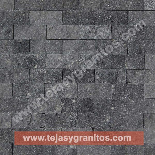 Malla Recinto Negro 30x30cm