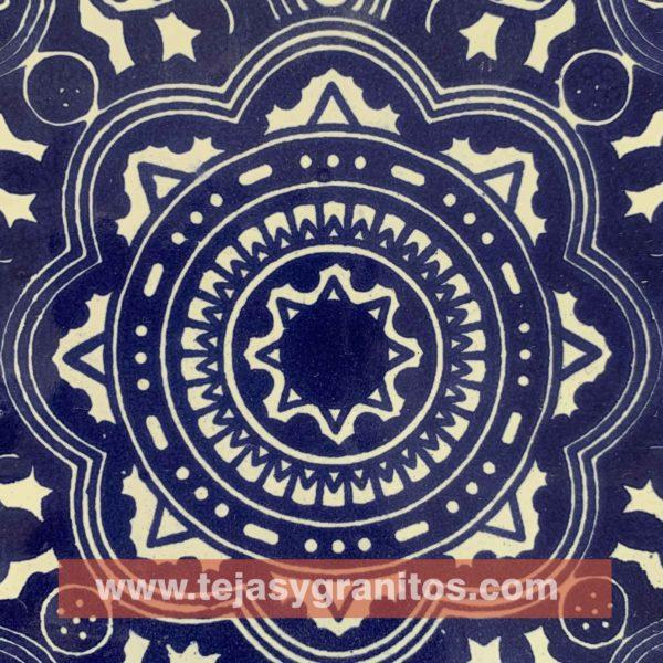Azulejo de Talavera Rosario Azul